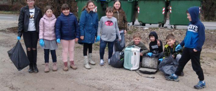Očistimo okolico šole
